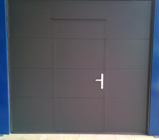 Porte sectionnelle habitat dimensions hors standard for Porte de garage mischler