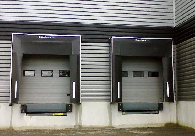 Niveleur de quai standard mischler en ligne for Porte de garage mischler
